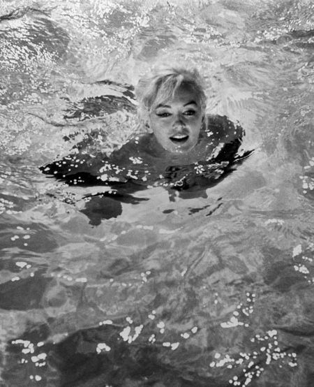 MarilynSwimming