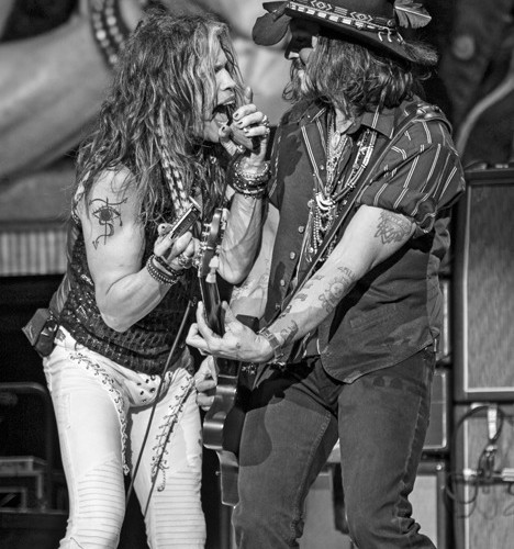 Steven & Johnny