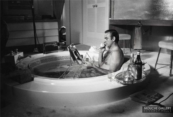 James-Bond-bathtub