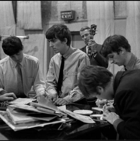 Ed-Sullivan-the-Beatles