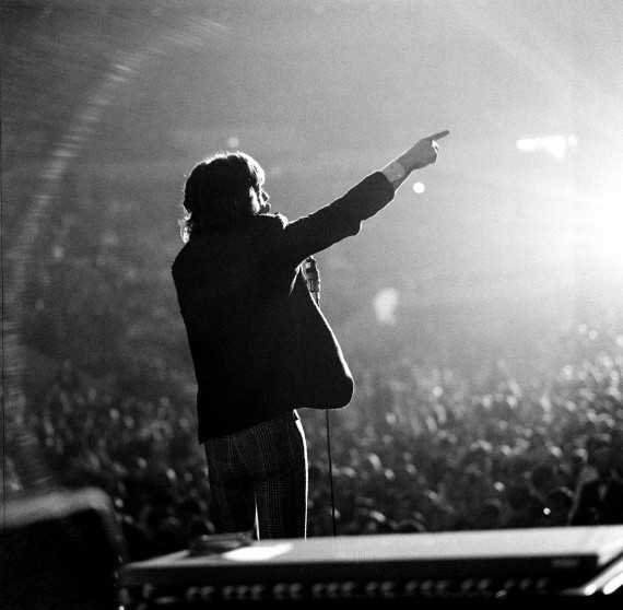 Mick Live Spotlight 743 E12 web size