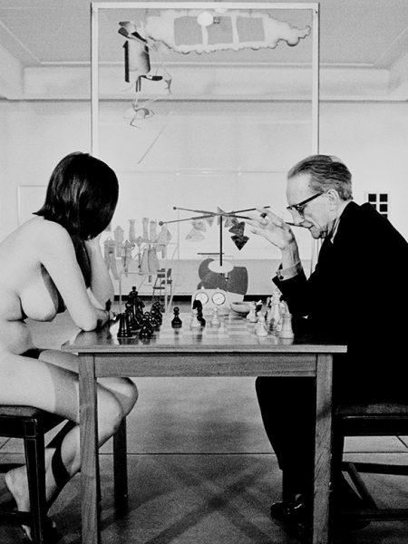Marcel Duchamp and Eve Babitz by Julian Wasser