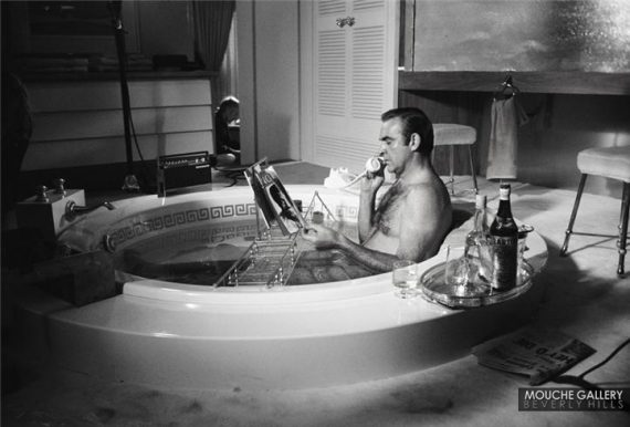 James-Bond-bathtub