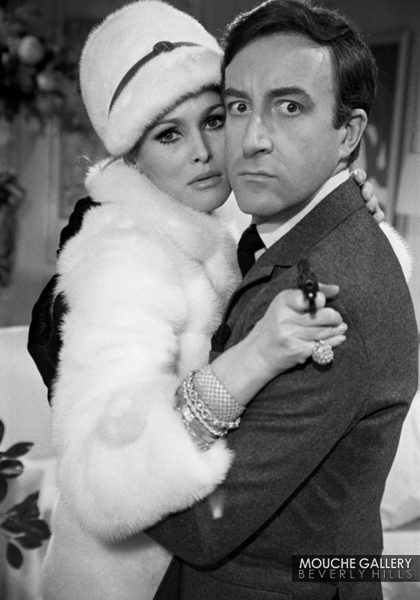 Ursula-Andress-and-Peter-Sellers