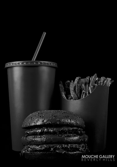 taste-chanel-black-burger2