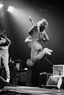 springsteen jumping-Edit 1978
